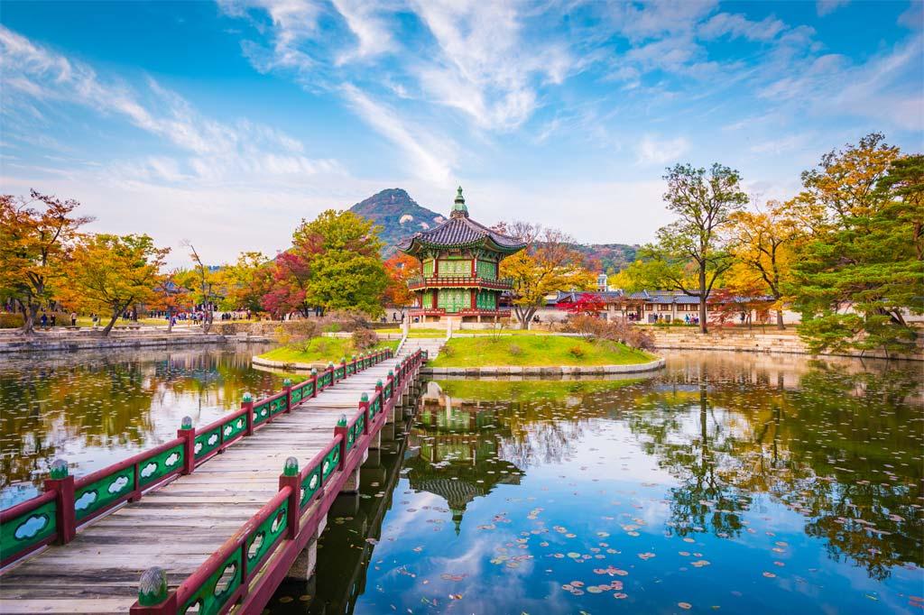 """12 สถานที่ท่องเที่ยวยอดฮิตใน """"เกาหลี"""